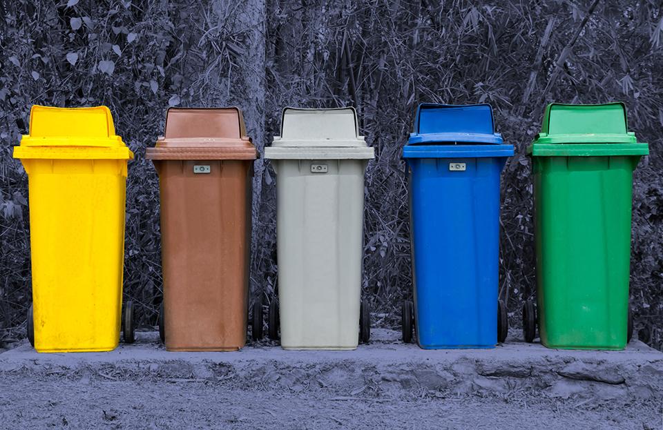pedir un cubo de basura